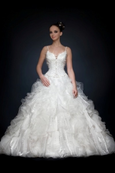 12 Most Beautiful Wedding Dresses 2011